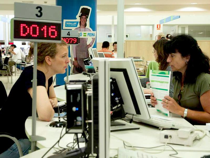 Проблема безработицы среди молодежи Европы угрожает долгосрочному экономическому росту ЕС