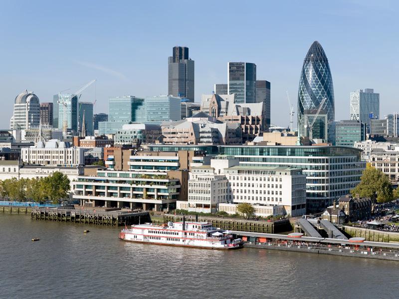 Экономические успехи Великобритании могут подтолкнуть ее к выходу из ЕС — Саймон Тилфорд
