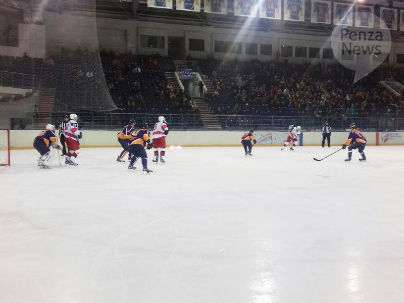 «Молот-Прикамье» одержал первую победу вновом сезоне ВХЛ