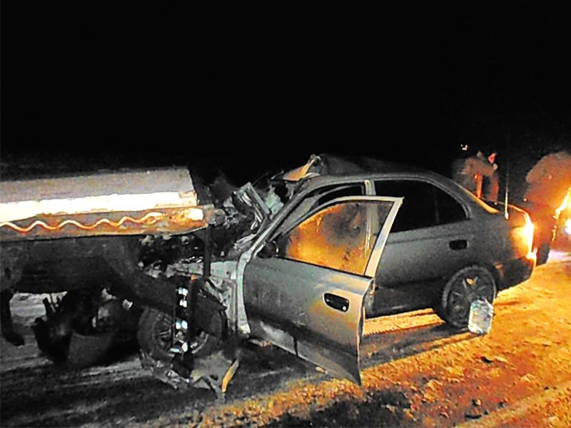 Под Нижним Ломовом «Hyundai» смяло после столкновения с«ГАЗелью», умер мужчина