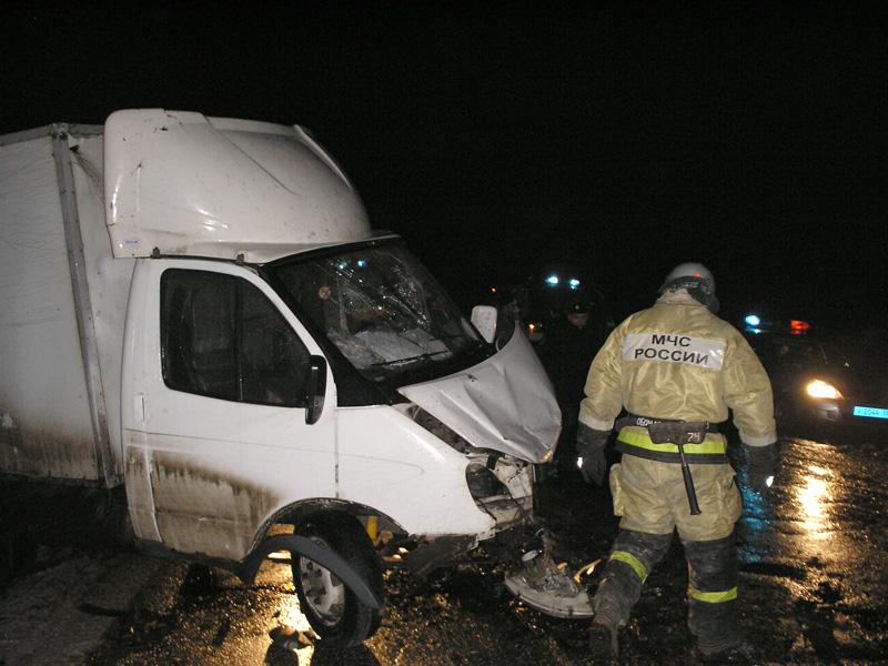 ВКолышлейском районе втройном ДТП погибли два человека