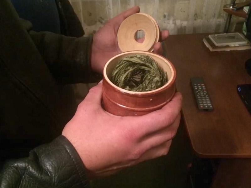 ВПензенской области полицейские изъяли изнезаконного оборота неменее килограмма марихуаны