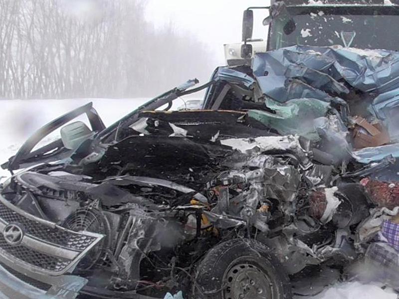 Вжутком ДТП вПензенской области умер 51-летний мужчина