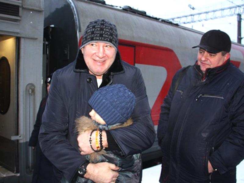 Легендарный хоккеист А. Кожевников дал мастер-класс для пензенских ребят