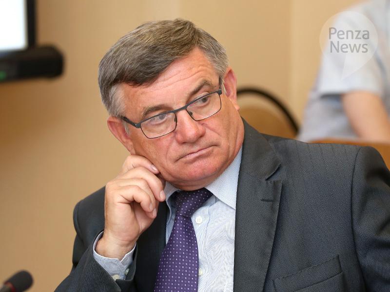 ВПензе председателем Общественной палаты избран Владимир Подобед