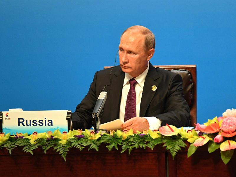 Владимир Путин предложил странам БРИКС придать новый стимул взаимным обменам