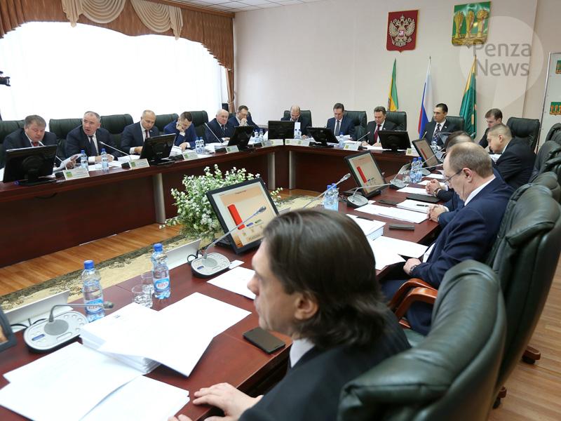 ВПензе генпрокуратура хочет добиться лишения мандатов 14 депутатов