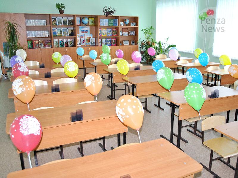 Мединский поддержал идею внедрения культурного журнала школьника в областях РФ