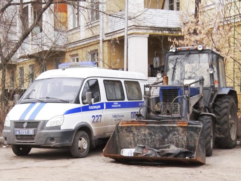 ВЛунинском районе отыскали угнанный трактор-снегопогрузчик