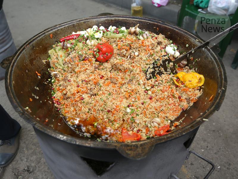 Плов с курицей - калорийность, состав, описание - www.calorizator.ru | 600x800