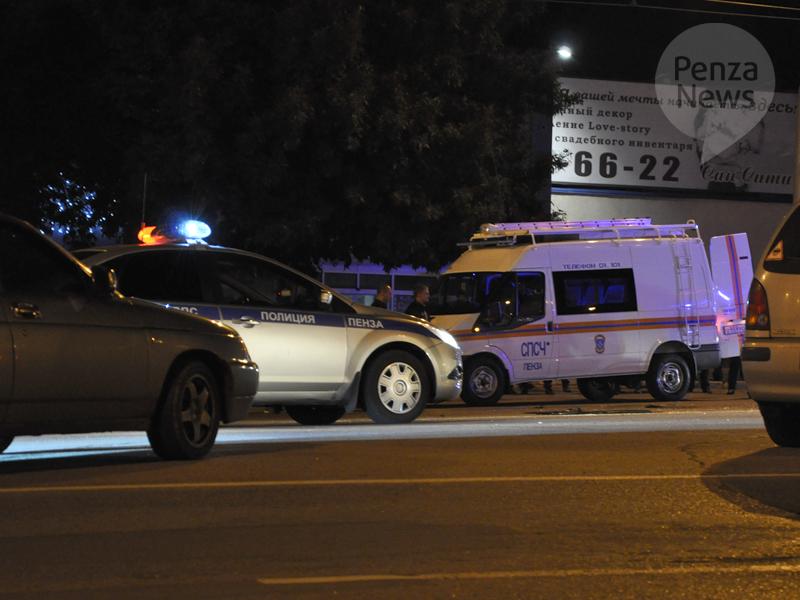 Работники ГИБДД получили травмы, спасая пешеходов отмашины лихача