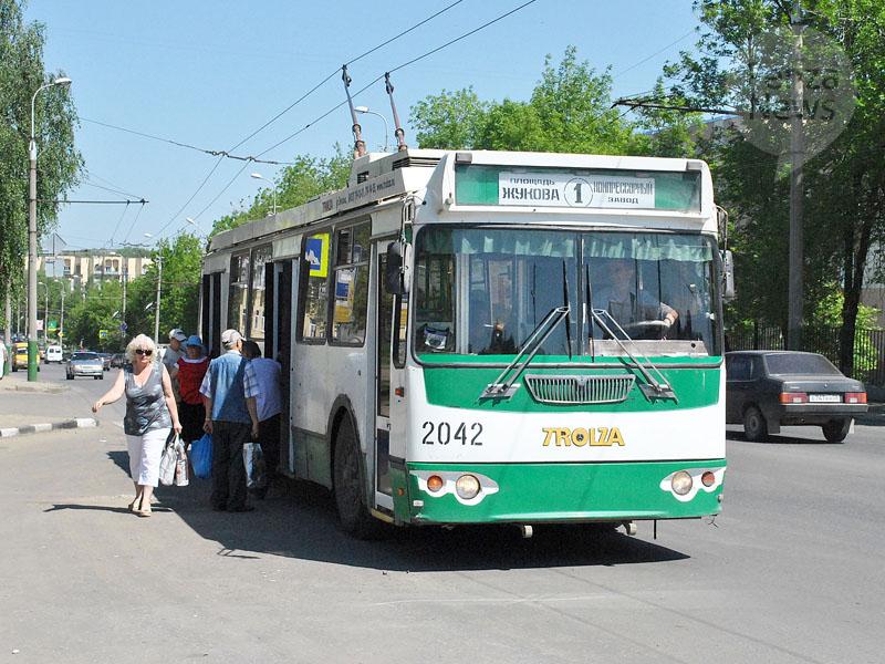 """""""В четверг, 12 сентября, с 9.30 до 14.00 будет изменена схема движения троллейбусов 1, 8К, автобусов большой и малой..."""