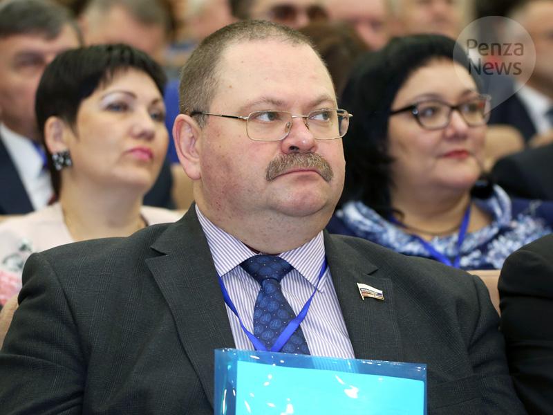 Олег Мельниченко вошел втоп-50 медиарейтинга сенаторов Российской Федерации