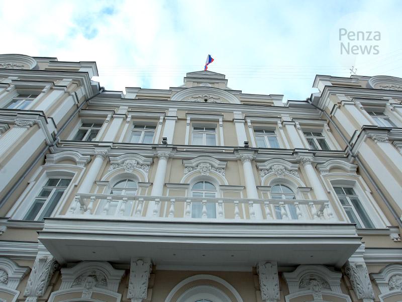 Пензенца приговорили кштрафу всемь млн запокушение надачу взятки