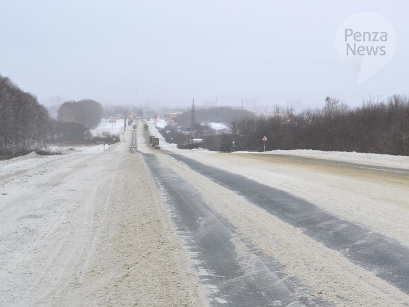 ВКузнецке вДТП с грузовым автомобилем пострадал молодой мужчина