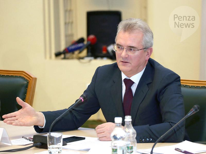 Пензенский губернатор предложил снимать нарушения ПДД навидео