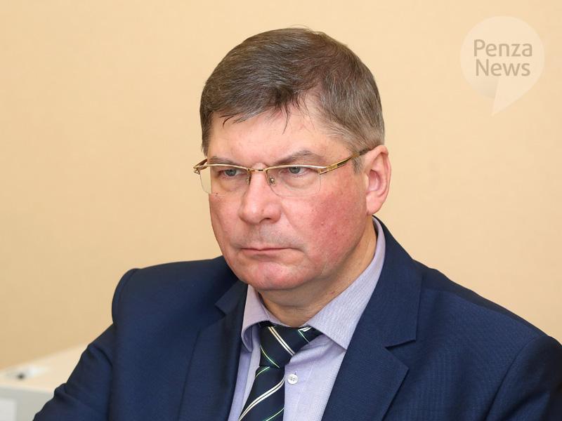 Губернатор Иван Белозерцев сказал , сколько заработал загод
